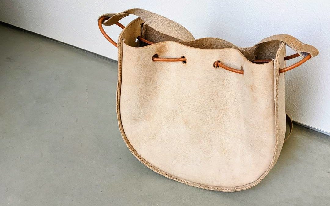 レザークラフト型紙021_革の巾着ショルダーバッグ (4)